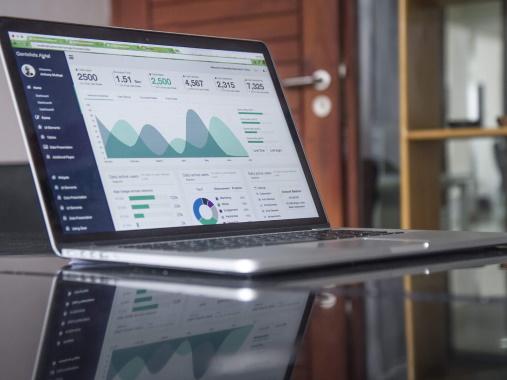 Web Analytics on laptop